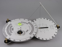 Horizontal and Analemmatic sundial adjust 1