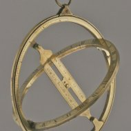 Early english universal equinoctial sundial or universal ring dial. Pre 1752